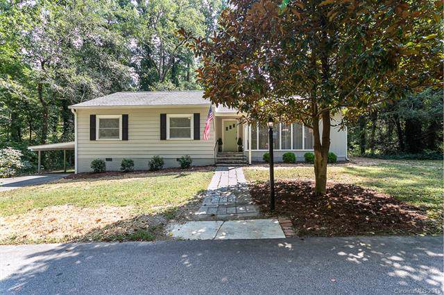 100 Fern Lane, Laurel Park, NC 28739 (#3551640) :: Puma & Associates Realty Inc.