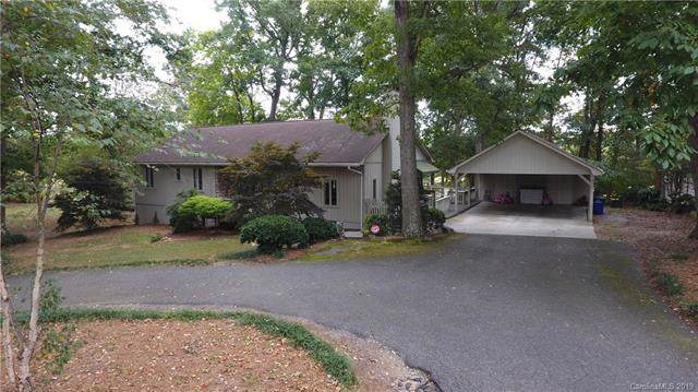 1708 Country Club Road, Lincolnton, NC 28092 (#3551760) :: Carver Pressley, REALTORS®