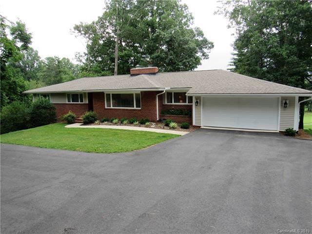 18 W Fairway Drive, Etowah, NC 28729 (#3551765) :: Carlyle Properties