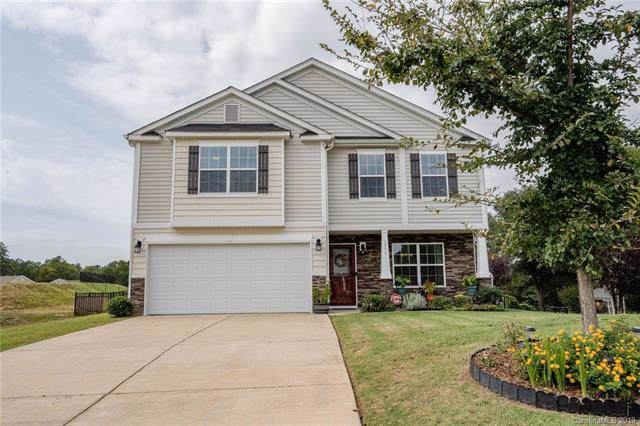 2739 Golden Rose Lane, Charlotte, NC 28216 (#3551844) :: Exit Realty Vistas