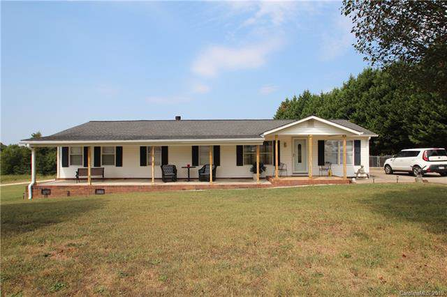 1413 Stony Point Road, Shelby, NC 28150 (#3551850) :: LePage Johnson Realty Group, LLC