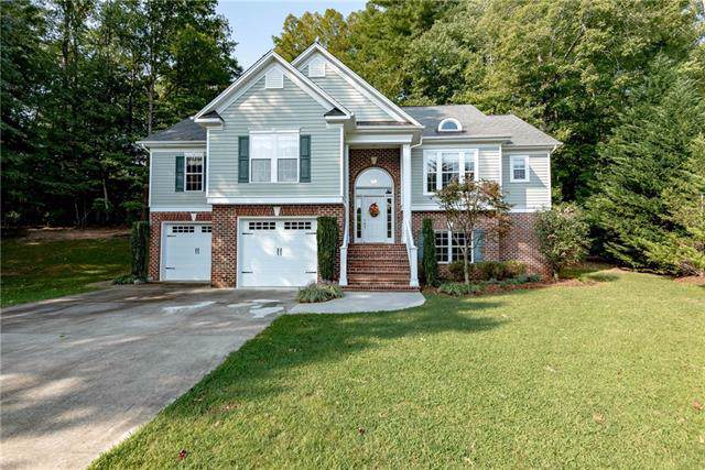 512 Yorktown Court, Lenoir, NC 28645 (#3551909) :: Besecker Homes Team