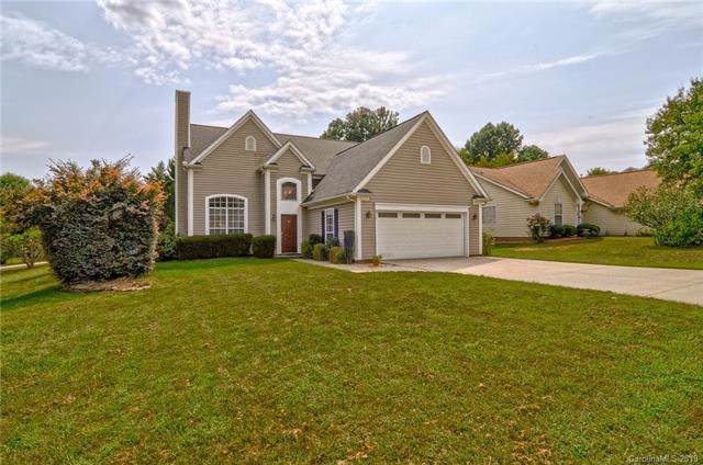 8317 Londonshire Drive, Charlotte, NC 28216 (#3551932) :: Stephen Cooley Real Estate Group
