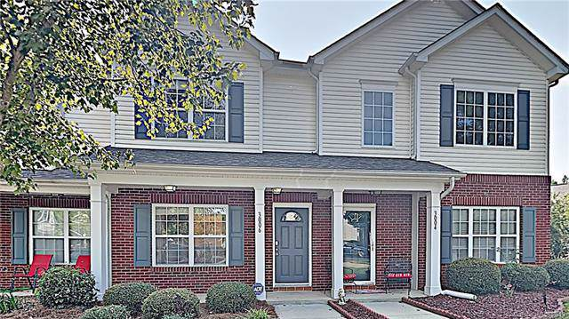 3006 Summerfield Ridge Lane, Matthews, NC 28105 (#3551949) :: Stephen Cooley Real Estate Group