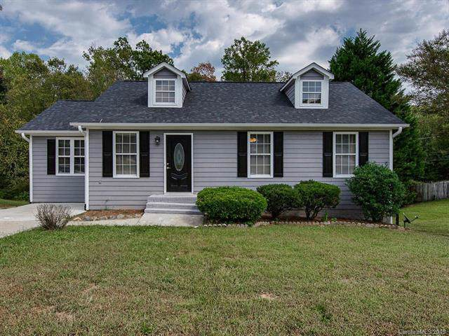 11018 Astoria Place, Charlotte, NC 28269 (#3551977) :: Stephen Cooley Real Estate Group