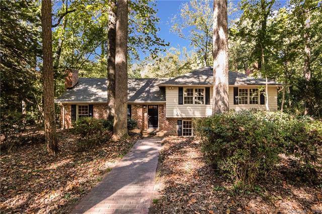 1112 River Oaks Lane, Charlotte, NC 28226 (#3552269) :: Keller Williams South Park