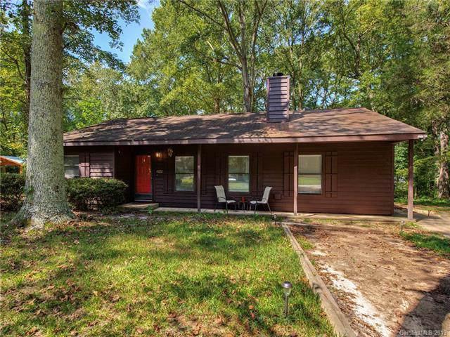 4722 Mcalpine Lane, Charlotte, NC 28212 (#3552623) :: Besecker Homes Team