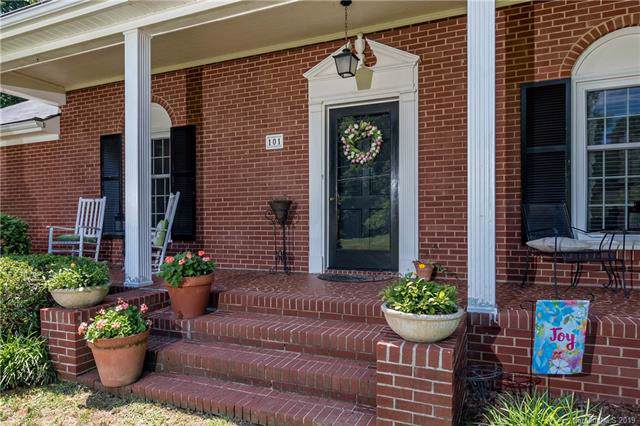 101 Abingdon Circle #1, Huntersville, NC 28078 (#3552701) :: LePage Johnson Realty Group, LLC