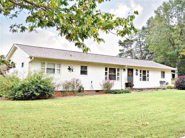1427 Robin Road, Newton, NC 28658 (#3552880) :: Carlyle Properties