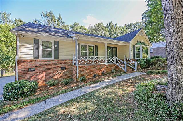 805 Forestbrook Drive, Gastonia, NC 28056 (#3553093) :: The Elite Group