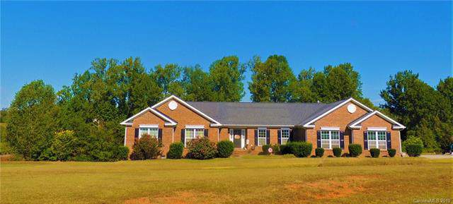 1324 Maple Lee Court, Crouse, NC 28033 (#3553301) :: Rinehart Realty