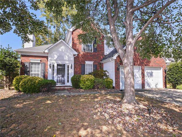 6215 Harburn Forest Drive, Charlotte, NC 28269 (#3553357) :: The Ramsey Group