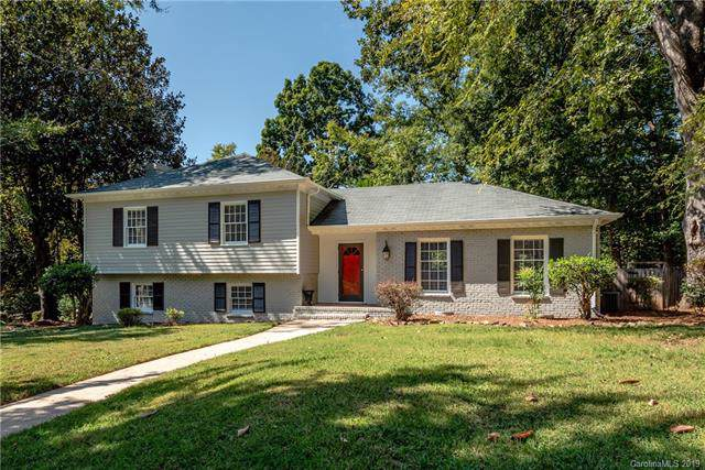 1001 Redcoat Drive, Charlotte, NC 28211 (#3553587) :: Stephen Cooley Real Estate Group