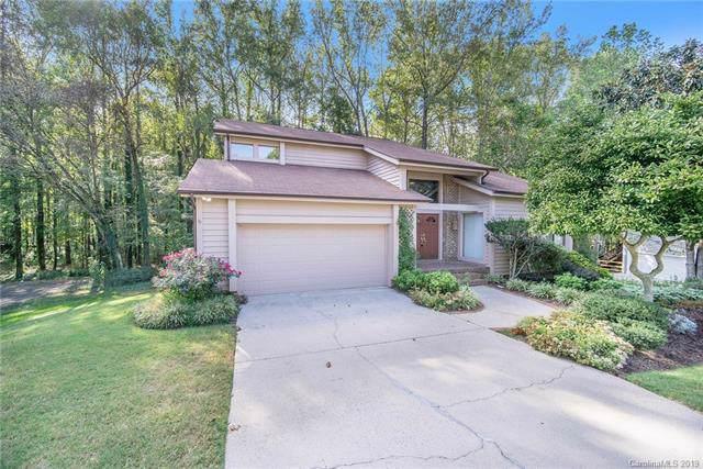9208 Hunting Court, Matthews, NC 28105 (#3553623) :: Robert Greene Real Estate, Inc.