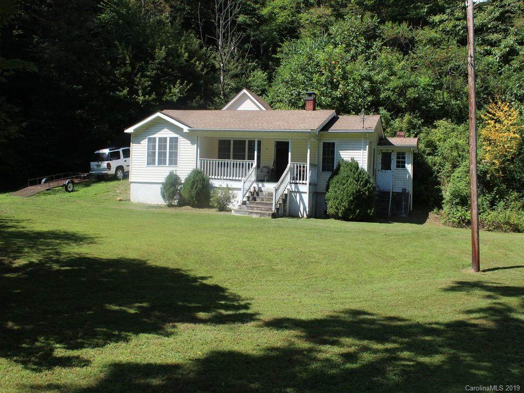 865 Pigeon Roost Road, Green Mountain, NC 28740 (#3553643) :: The Ramsey Group