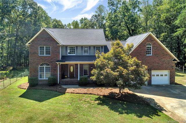745 Fawn Forest Lane, York, SC 29745 (#3553729) :: Homes Charlotte