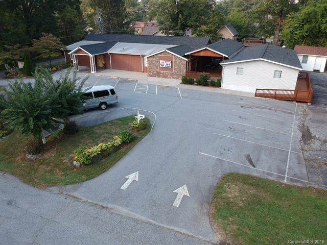 1440 Whitmire Circle, Hendersonville, NC 28792 (#3553772) :: Carlyle Properties