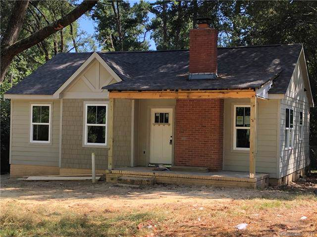 2316 Remount Road, Charlotte, NC 28208 (#3553875) :: Charlotte Home Experts
