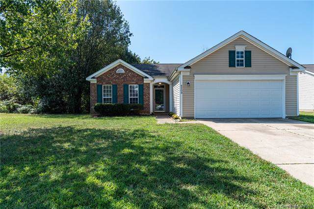 6209 Foster Brook Drive, Charlotte, NC 28216 (#3554040) :: Francis Real Estate
