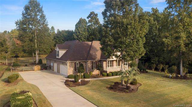 221 Catawba Crest Lane, Lake Wylie, SC 29710 (#3554097) :: MartinGroup Properties