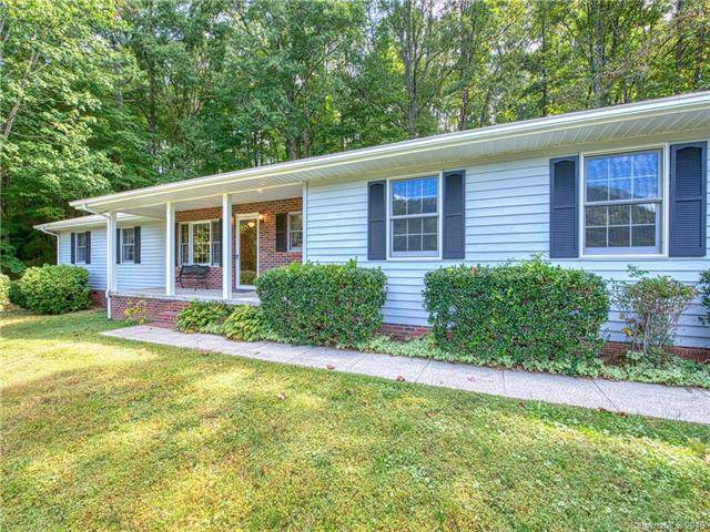39 Chateau Place, Waynesville, NC 28785 (#3554287) :: Keller Williams Professionals
