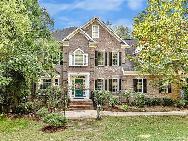 4216 Mountain Cove Drive, Charlotte, NC 28216 (#3554322) :: Robert Greene Real Estate, Inc.