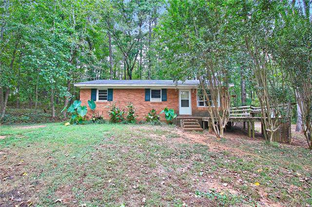 5227 Clearwater Lake Road, Mount Holly, NC 28120 (#3554342) :: Odell Realty