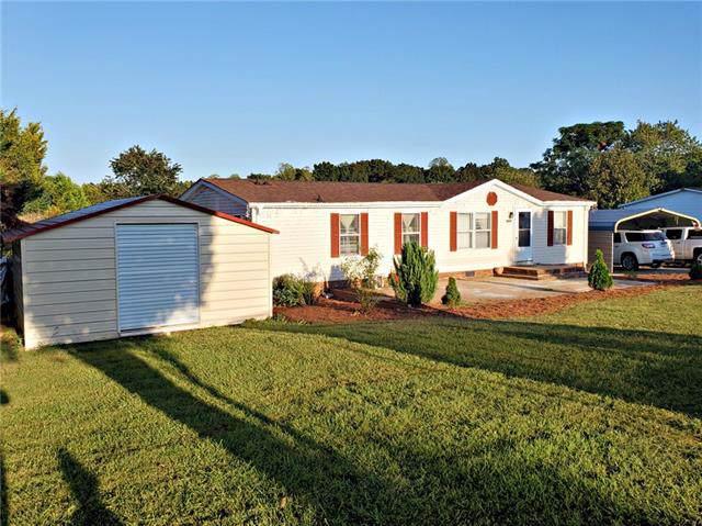 2332 Dillon Drive, Newton, NC 28658 (#3554528) :: LePage Johnson Realty Group, LLC