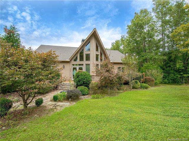 340 Highland View Lane, Mill Spring, NC 28756 (#3555024) :: Charlotte Home Experts