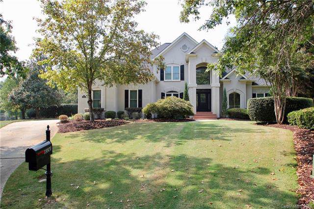 18801 Riverwind Lane, Davidson, NC 28036 (#3555373) :: Robert Greene Real Estate, Inc.