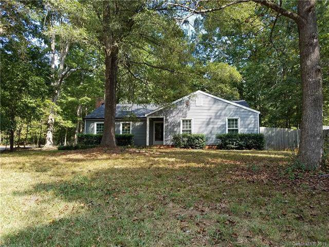 10126 Meadow Hollow Drive, Mint Hill, NC 28227 (#3555781) :: BluAxis Realty