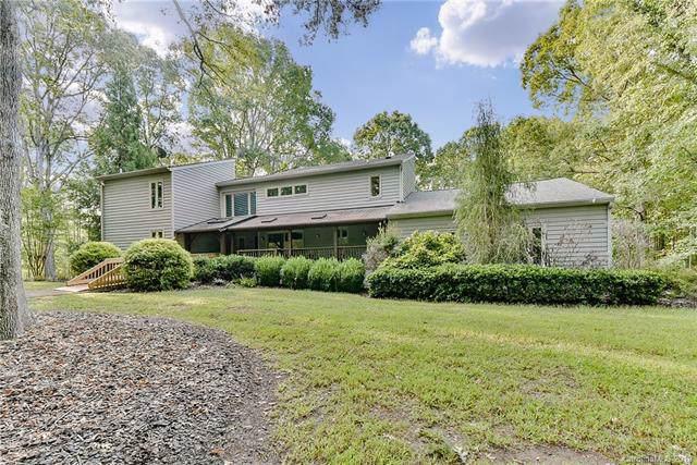 3302 Sandalwood Lane, Marvin, NC 28173 (#3555782) :: Scarlett Property Group