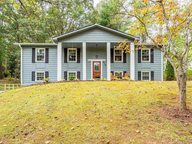 2715 Old Kanuga Road, Hendersonville, NC 28739 (#3555907) :: Puma & Associates Realty Inc.