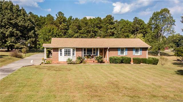 125 Greendale Drive, Mount Holly, NC 28120 (#3555910) :: Washburn Real Estate