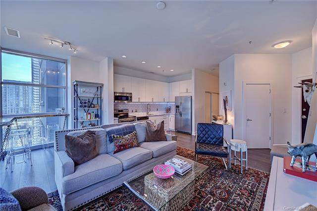 333 W Trade Street #500, Charlotte, NC 28202 (#3556088) :: Miller Realty Group