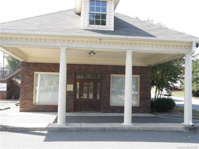 135 Mocksville Avenue, Salisbury, NC 28144 (#3556150) :: Homes Charlotte
