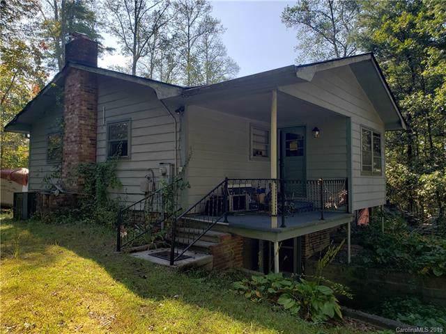 5022 Sugarloaf Road, Hendersonville, NC 28792 (#3556162) :: Keller Williams Professionals