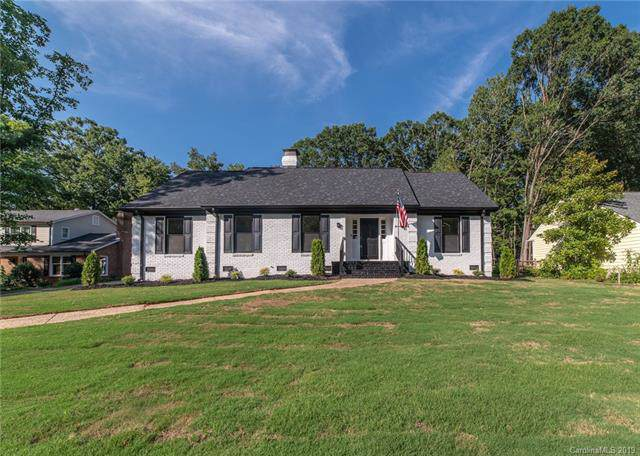 5851 Deveron Drive, Charlotte, NC 28211 (#3556240) :: Rinehart Realty
