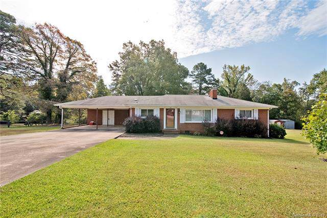 229 Coulwood Drive, Charlotte, NC 28214 (#3556288) :: LePage Johnson Realty Group, LLC