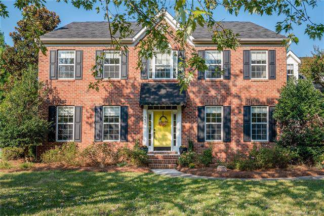 10608 Olde Irongate Lane, Mint Hill, NC 28227 (#3556342) :: Homes with Keeley | RE/MAX Executive
