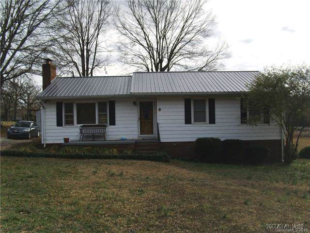 2258 Hwy 109 Road, Wadesboro, NC 28170 (#3556478) :: Rinehart Realty