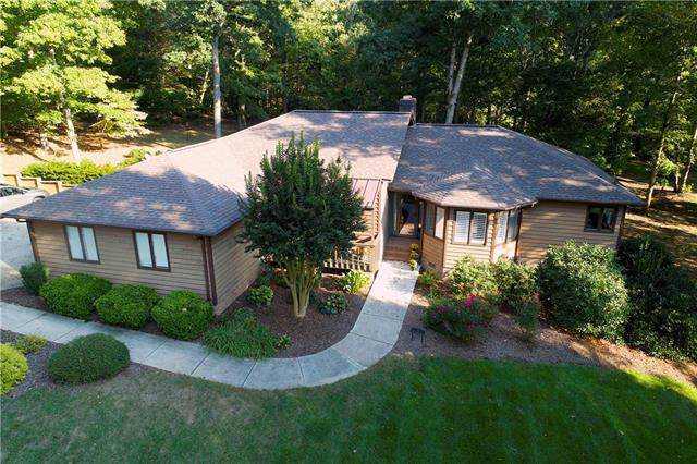515 N Shore Drive, Hickory, NC 28601 (#3556669) :: RE/MAX RESULTS