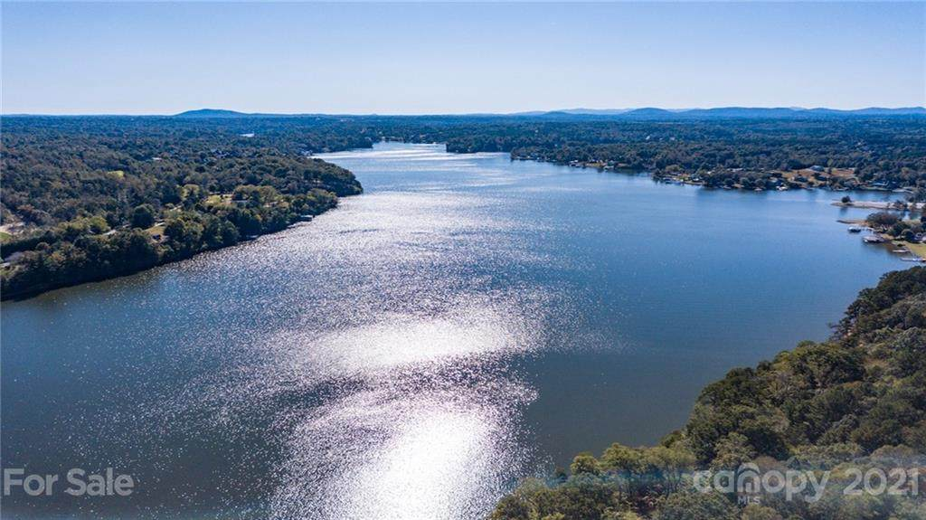 6151 Plantation Pointe Drive #15, Granite Falls, NC 28630 (#3557020) :: Exit Realty Vistas