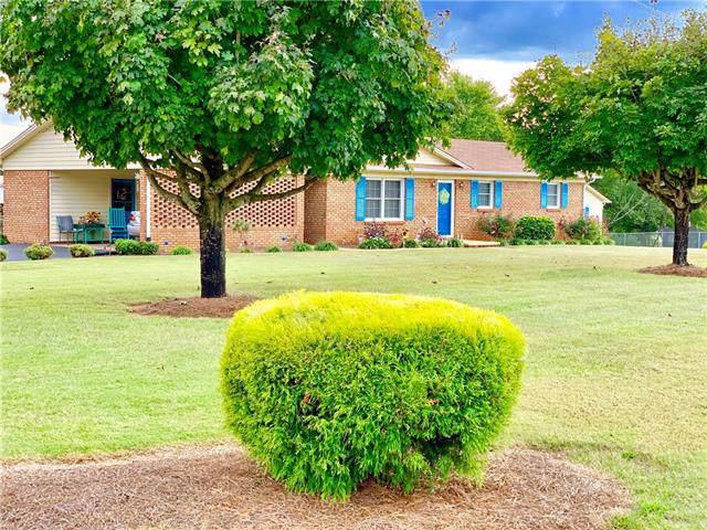18 S Bethlehem Terrace Lane, Taylorsville, NC 28681 (#3557111) :: Rinehart Realty