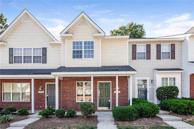 1786 Forest Side Lane, Charlotte, NC 28213 (#3557138) :: Charlotte Home Experts