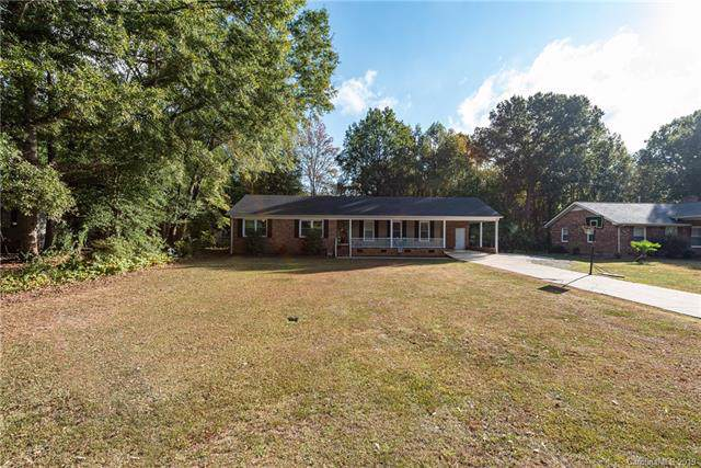 1938 Hickory Drive, Lancaster, SC 29720 (#3557154) :: Carlyle Properties