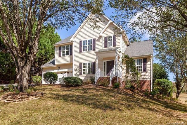 4819 Bridle Ridge Lane, Charlotte, NC 28269 (#3557320) :: Charlotte Home Experts