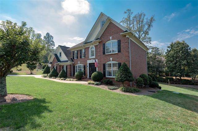 127 43rd Avenue Drive NW, Hickory, NC 28601 (#3557409) :: Robert Greene Real Estate, Inc.