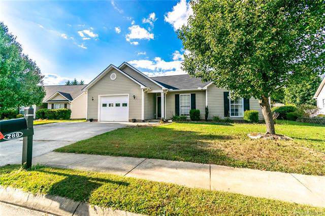288 Meadow Pathway Drive, Hendersonville, NC 28732 (#3557411) :: The Mitchell Team