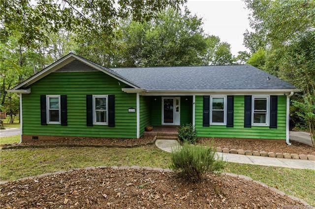 11710 Laurel Grove Lane, Charlotte, NC 28226 (#3557613) :: Robert Greene Real Estate, Inc.